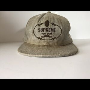 Supreme New Era 7 5/8 59 Fifty cap ***stained***